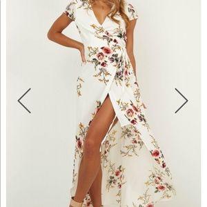 White floral maxi wrap dress - Size Eu 10